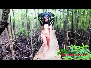 Sensual BJ in the jungle on exotic holiday with stunning GF